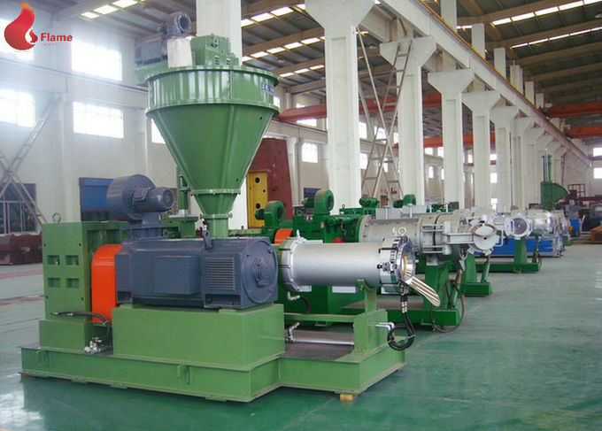 PVC 200mm Plastic Pelletizing Machine / Roller Extruder , Cylinder Planetary Roller Screw